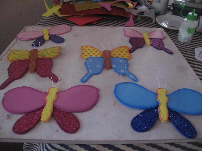 Bella mariposa en goma eva molde angeles manualidades - Mariposas para decorar ...